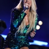 carrie-underwood-performs-at-2018-cma-music-festival-in-nashville-5.jpg